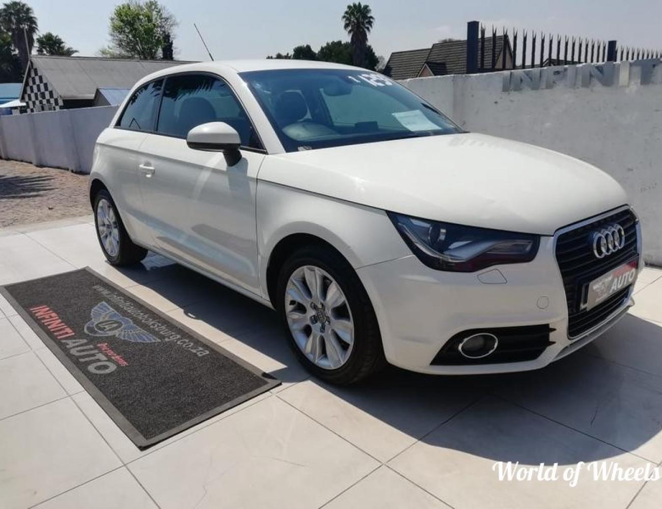 Audi A1 3-Door 1.6TDI Ambition 2011